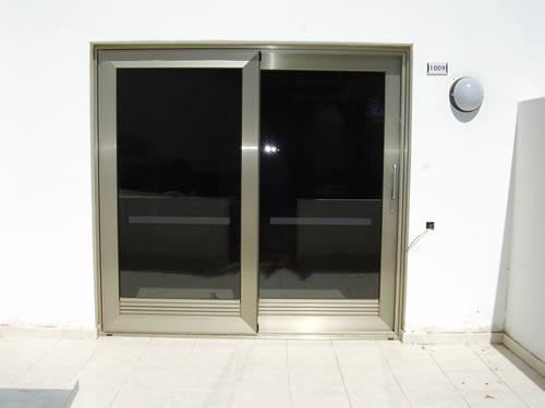 Puertas y ventanas aluminios carpaty - Puertas correderas grandes ...