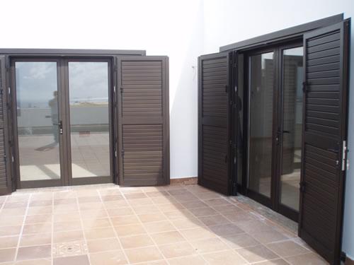 Mallorquinas y persianas aluminios carpaty - Puertas mallorquinas ...
